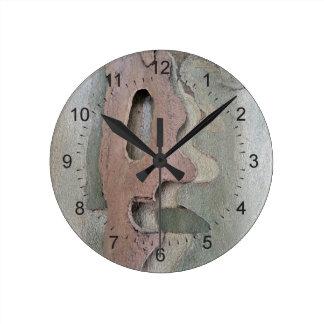 Relógio Redondo projetado por natureza