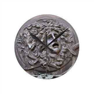 Relógio Redondo Protetor do Medusa de Athena