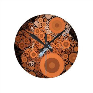 Relógio Redondo Pulso de disparo alaranjado floral dos círculos