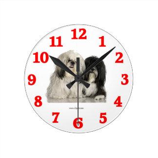 Relógio Redondo Pulso de disparo de parede do cão desgrenhado