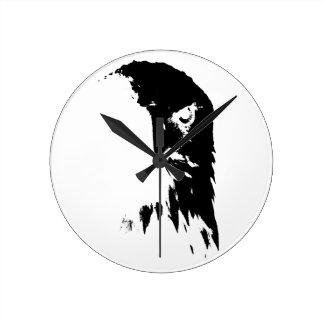 Relógio Redondo Pulso de disparo preto & branco da águia americana