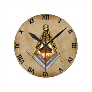 Relógio Redondo Quadrado e compasso com todo o olho de vista