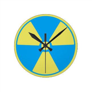 Relógio Redondo Radioativo