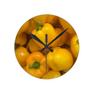 Relógio Redondo Teste padrão amarelo do vegetal da paprika