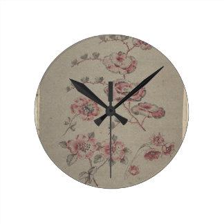 Relógio Redondo Teste padrão de flor cor-de-rosa - francês