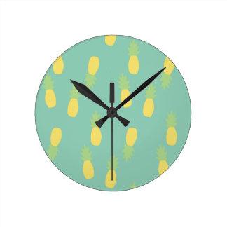 Relógio Redondo Teste padrão Pastel do abacaxi
