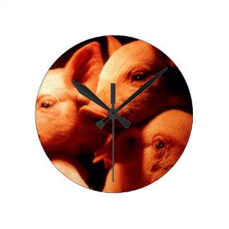 Relógio Redondo Três porcos pequenos