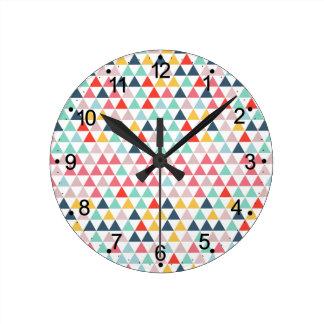Relógio Redondo Triângulos da cor do circo