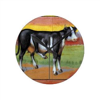 Relógio Redondo Vaca cinco equipada com pernas