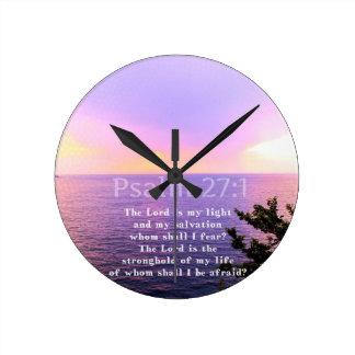 Relógio Redondo VERSO INSPIRADO da BÍBLIA do 27:1 do salmo