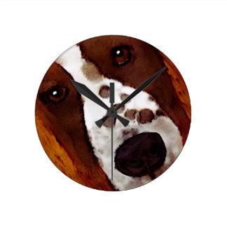 Relógio Redondo Welshie enfrenta a arte