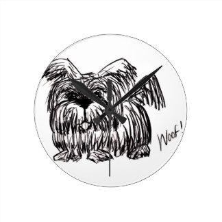 Relógio Redondo Woof um cão do espanador de poeira