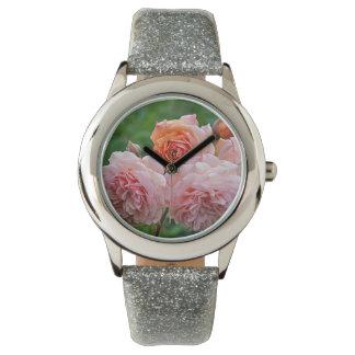 Relógio Rosas cor-de-rosa bonitos
