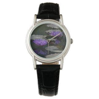 Relógio roxo de Lotus Waterlilies