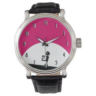 Relógio Silhueta do zombi com Lua cheia