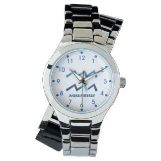 Relógio Sinal azul do zodíaco do Aquário no branco