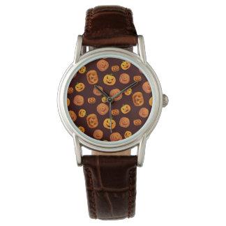 Relógio Teste padrão da abóbora da Jack-O-Lanterna do Dia