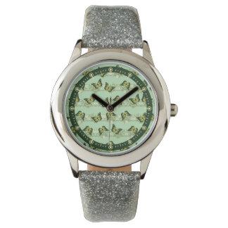Relógio Teste padrão de borboletas verde