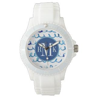 Relógio Teste padrão ondulado da aguarela azul pintado mão