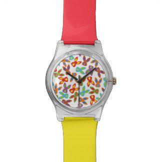 Relógio Teste padrão psicótico da páscoa colorido