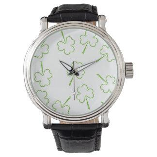 Relógio Trevos irlandeses
