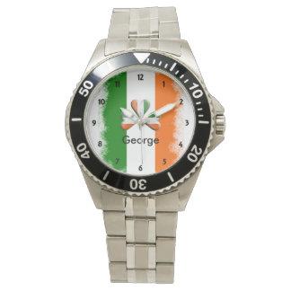 Relógio Tri trevo irlandês afligido das cores