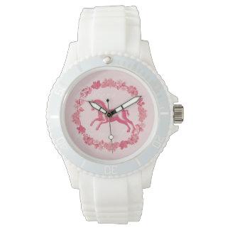 Relógio Unicórnio e flores cor-de-rosa