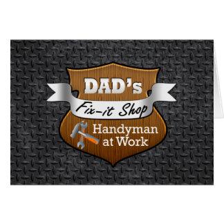 Reparo-ele do pai engraçado dia dos pais acessível cartão