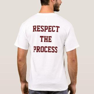 Respeite o t-shirt dos homens do processo | camiseta