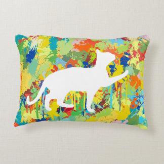 Respingo colorido da pintura do gato bonito almofada decorativa