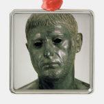 Retrato de um guerreiro romano desconhecido, ANÚNC Enfeite
