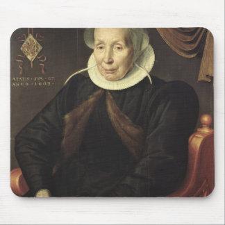 Retrato de uma mulher idosa, 1603 mouse pad