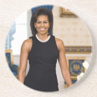 Retrato oficial da primeira senhora Michelle Obama Porta-copos De Arenito