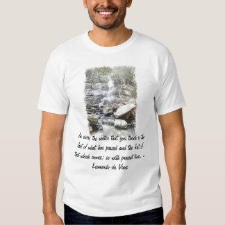 Rio com citações de da Vinci Camiseta