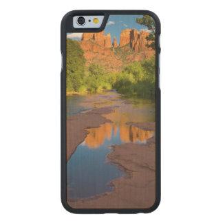 Rio no cruzamento vermelho da rocha, arizona