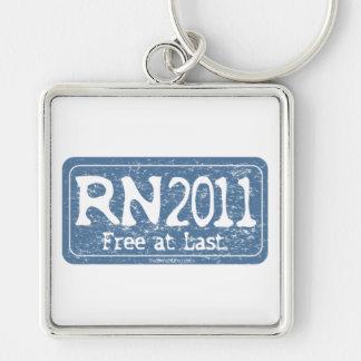 RN 2011 - Livre enfim Chaveiro Quadrado Na Cor Prata