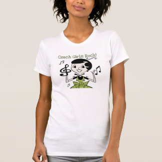 Rocha checa das meninas t-shirts