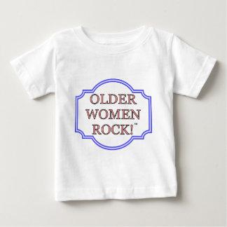 Rocha das mulheres mais idosas tshirt