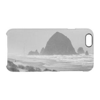Rocha do monte de feno na praia do canhão capa para iPhone 6/6S transparente