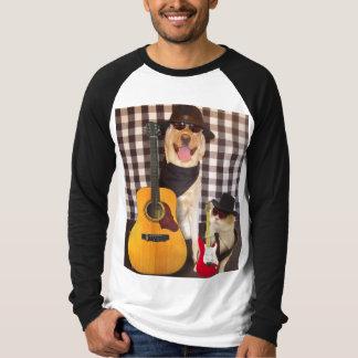 Rocha dos animais de estimação camisetas