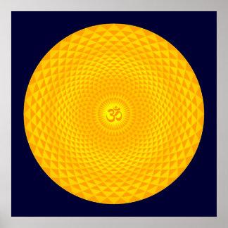 Roda dourada amarela OM da meditação da flor de Poster