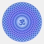 Roda roxa OM da meditação da flor de Lotus Adesivo Em Formato Redondo