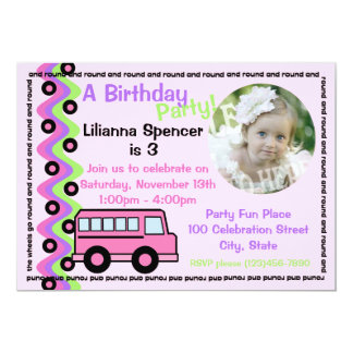 Rodas cor-de-rosa do auto escolar com foto convite 12.7 x 17.78cm