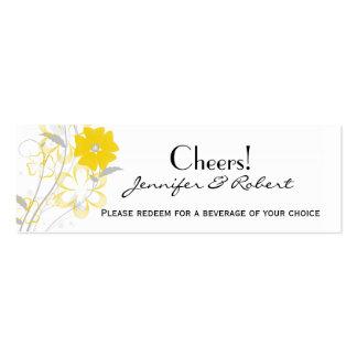 Romance de brotamento no bilhete amarelo da bebida cartões de visita
