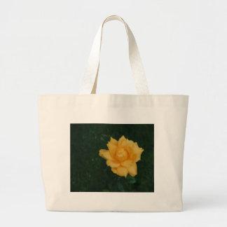 Rosa amarelo bolsa para compra
