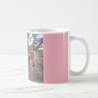Rosa bonito na memória da caneca de café de Eva