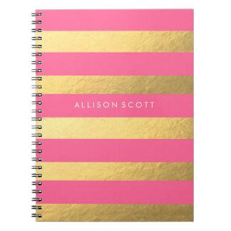Rosa e caderno personalizado ouro