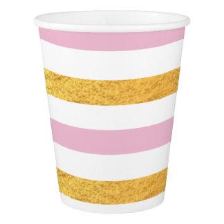 Rosa e copo do partido do ouro