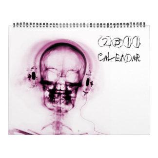 Rosa no calendário branco do esqueleto 2011 da