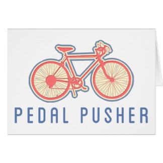 Rosa Pedaling da bicicleta
